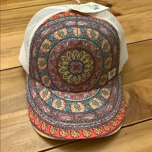 BOHO Billabong trucker hat NWT One Size